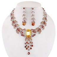 Le collier opéra femme en or