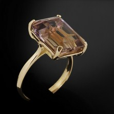 Vieillissement des bijoux en or: conseils d'entretien