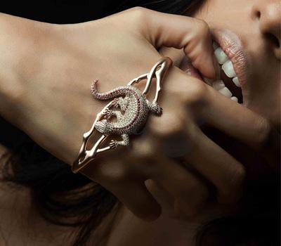 Bracelet de main, Privé Jewellery