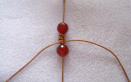 comment fabriquer des bracelets shamballa Etape 8