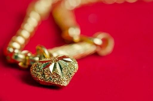 Vente de bijoux en or : comment faire une bonne affaire ?